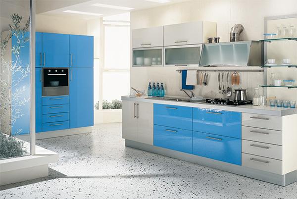 厨房柜子的颜色,高度以及五金件