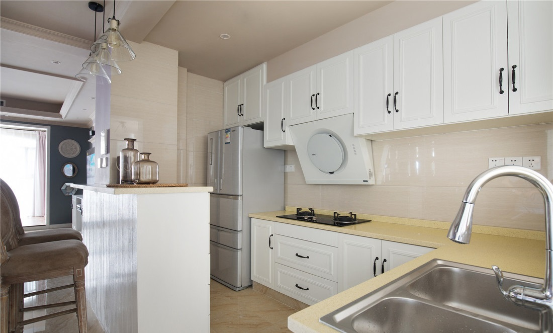 厨房吊柜高度,不合理厨房吊柜尺寸
