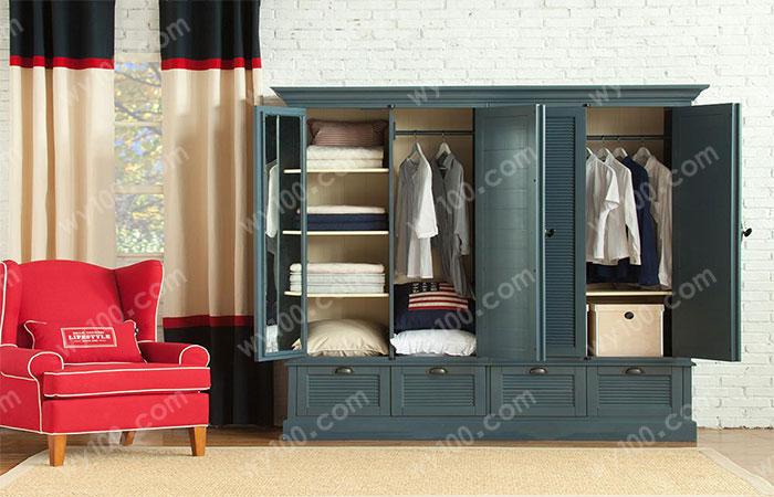 四门衣柜设计的优雅性体现方式