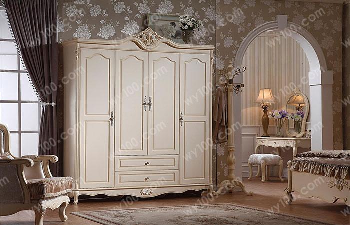 经典白色四门衣柜凸显浪漫情怀