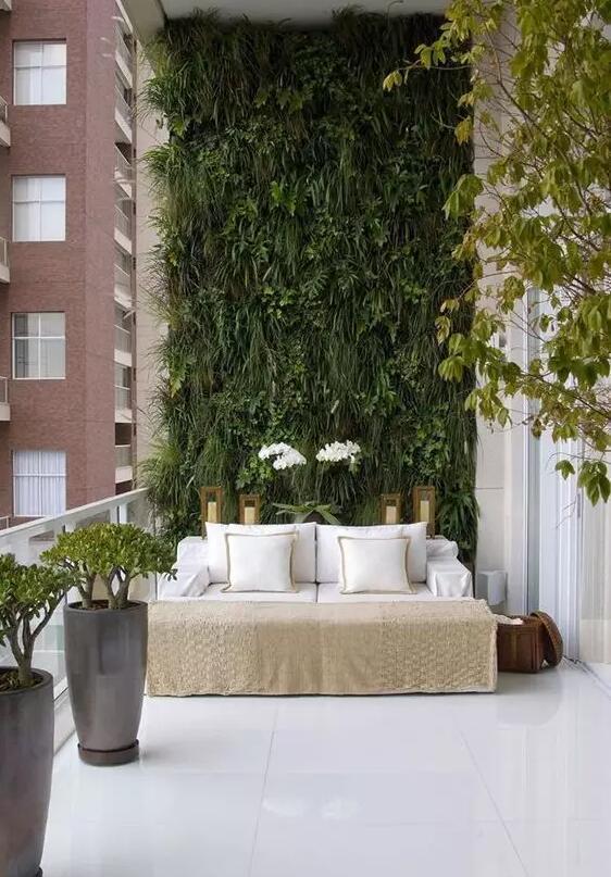 这样的家庭阳台花园设计,更胜别墅小院