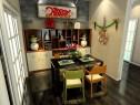 欧式客餐厅 红绿色为主调使空间稳重、大方_维意定制家具商城