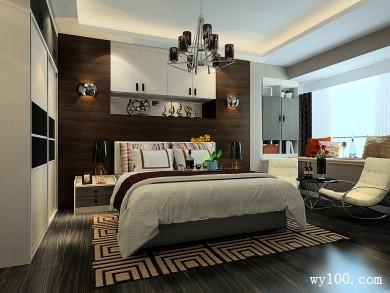 背景墙和顶柜的搭配卧室 整体空间大气时尚 title=