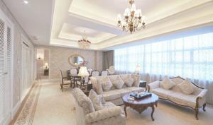 奢华美式客厅家具