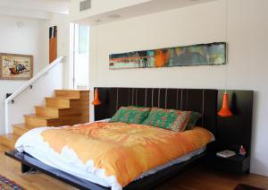 阁楼卧室家具床