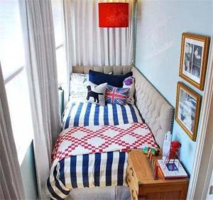 小空间利用小阳台改卧室效果图