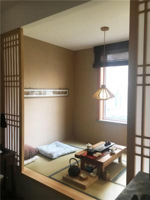 日式风格客厅阳台榻榻米