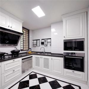 厨房装饰柜组合