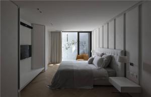 时尚卧室布置