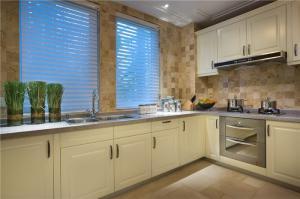 厨房小橱柜实景图
