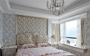 时尚带飘窗的卧室装修