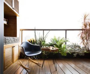 小高层美式风格阳台效果图