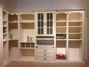 小户型欧式家具衣柜