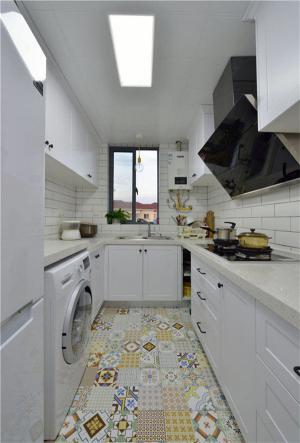 厨房小橱柜图片
