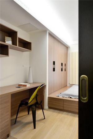 实木榻榻米卧室设计