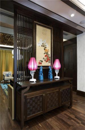 中式风格家庭装修玄关效果图