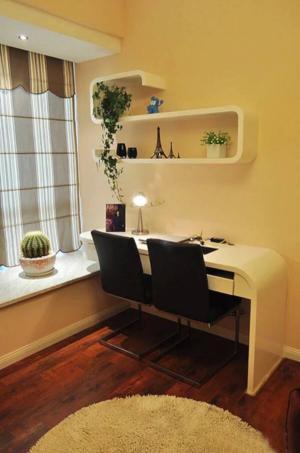 现代飘窗书桌欣赏