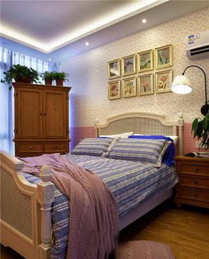家装现代简约衣柜