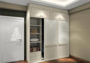 温馨美式卧室衣柜