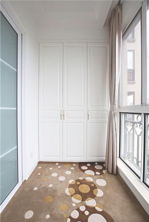 客厅阳台装修效果图储物间隐形门