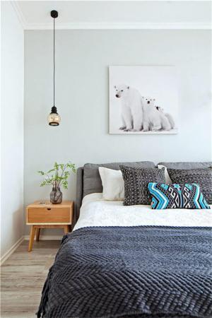 小卧室床家具搭配