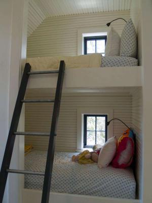 阁楼卧室二层床
