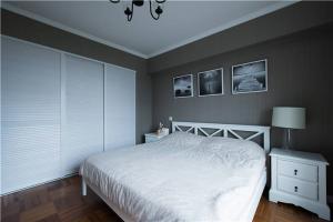 小清新卧室整体衣柜