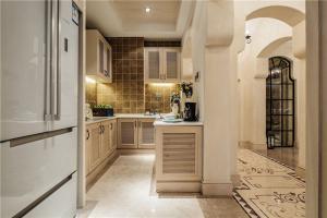 厨房间橱柜实景图