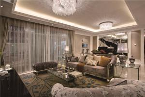 客厅沙发组合装饰