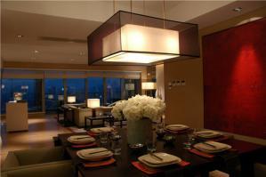 简约餐厅餐桌