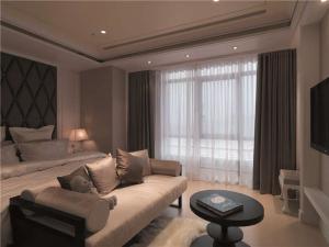 温馨客厅布艺沙发