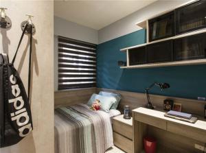 小卧室书柜和书桌组合