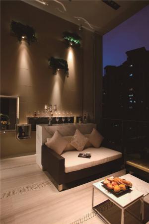 温馨中式沙发