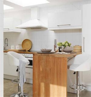 温馨厨房吧台