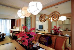 小户型新中式客厅家具