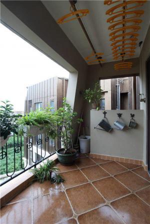高层阳台封闭效果图尺寸设计