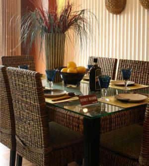 公寓中式餐桌