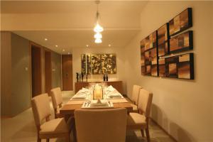 豪华中式餐桌