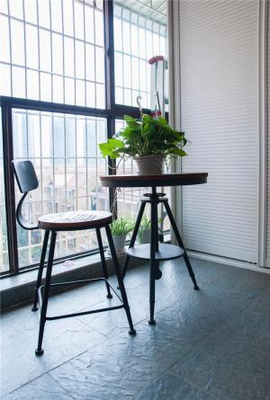 小阳台装修效果图简易家具搭配