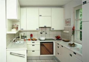 阳台改造简易厨柜