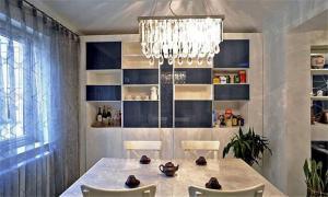 简易饭厅装饰柜
