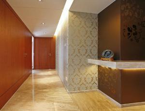 家居走廊家装隐形门设计