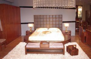实木家具圆床榻榻米