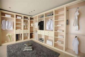 家装开放式整体衣柜