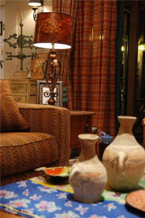 小户型客厅沙发实拍图