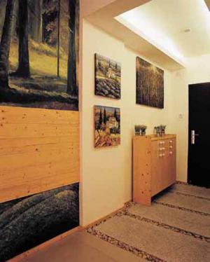 玄关顶部装修效果图家具用品搭配