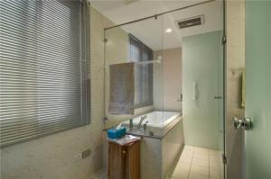 小户型大空间浴缸