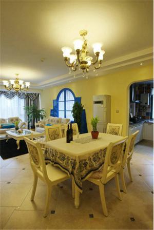 客厅小餐桌图片欣赏