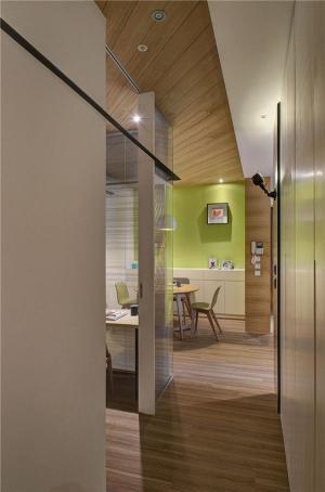 小户型装修实例实木地板