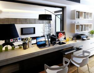 小公寓必备双人书桌